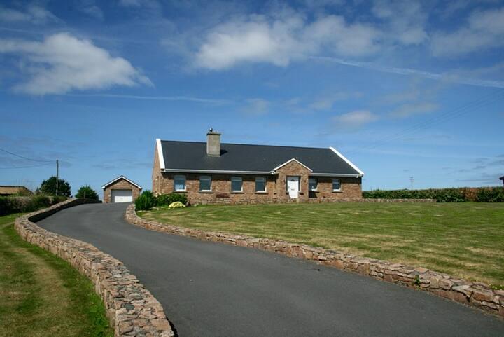 Claddaghduff 346 Omey View House