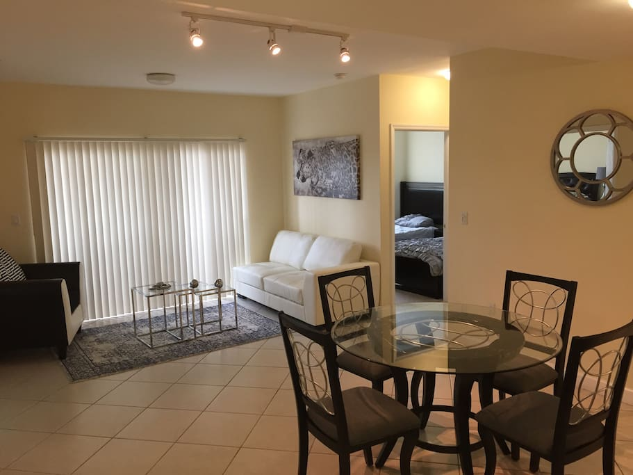 2 Bedrooms 2 Full Bathrooms Apartments For Rent In Miami Florida United States