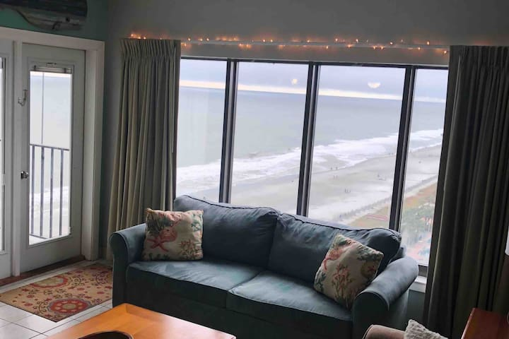 ☆☆UNBEATABLE RATES AND AMAZING OCEANFRONT VIEWS!!