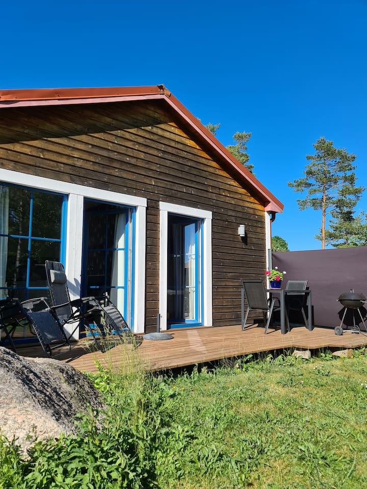 Fröjel, nybyggd enskild gäststuga 30 m2