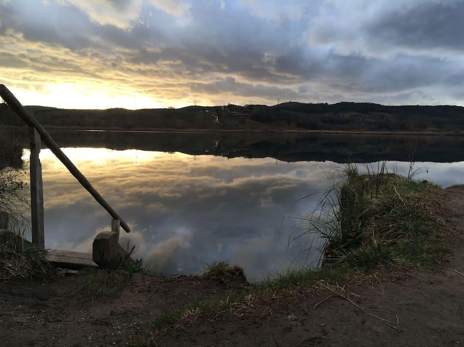 lago dell'Accesa a 5 min d'auto