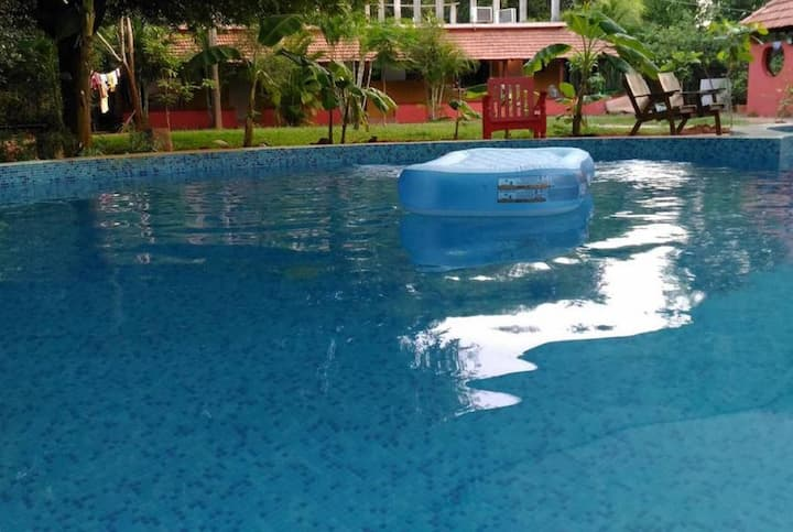 Paradise Vana Vilasa Home Stay with Swimming pool