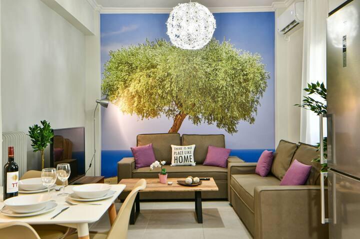 Fresh & renovated apartment next to metro station
