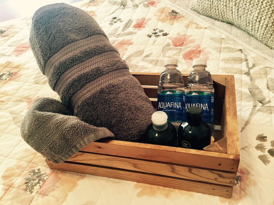 Towels, shampoo & conditioner, and water bottles welcome every guests upon their visit.