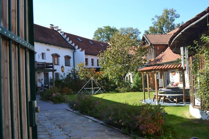 Ehemalige Mühle mit traumhaftem Gartenareal