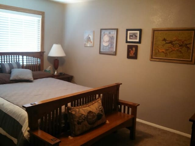 Large Furnished House - Farmington - Hus