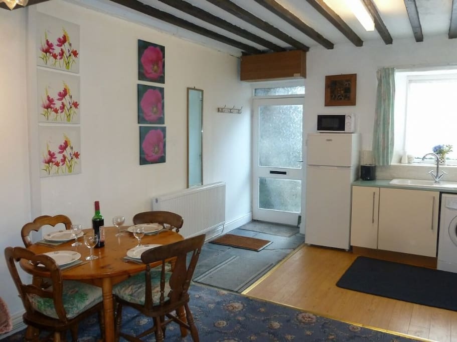 Meadow Bank Lodge, kitchen/diner, Lakes Cottage Holidays