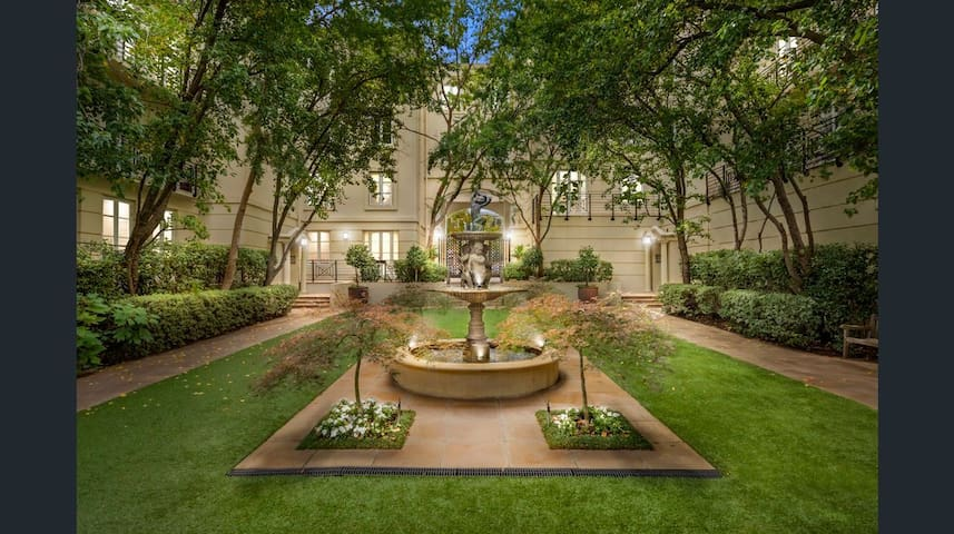 Upon entry, you will be greeted with an amazing tranquil courtyard with a 24/7 running water fountain. The courtyard is maintained weekly by the groundskeepers. The carpark is located underground.