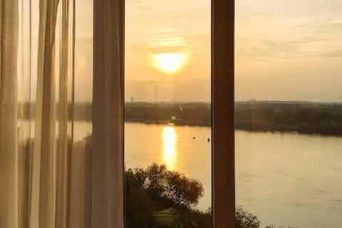 Квартира рассветов и закатов с джакузи