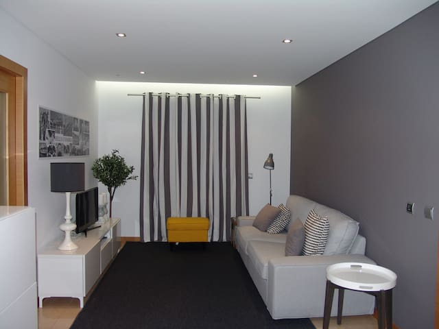 Hello Coimbra. Lovely one-bedroom apartment. - Coimbra - Leilighet