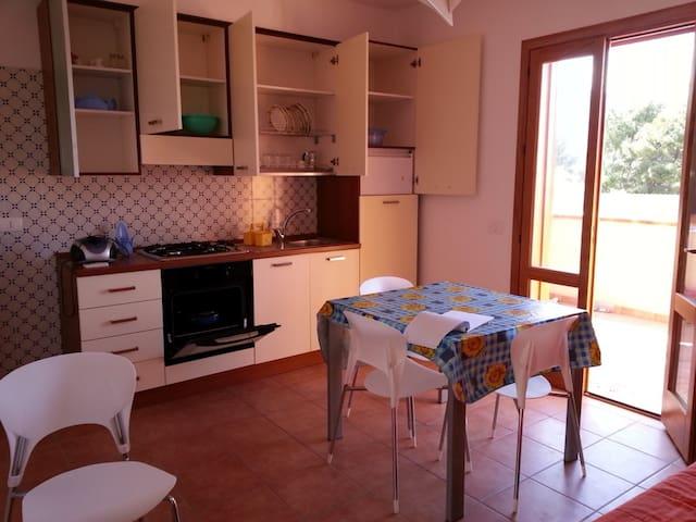 Casa Vacanze Bilocale Macari ( San Vito Lo Capo) - Macari - Appartement