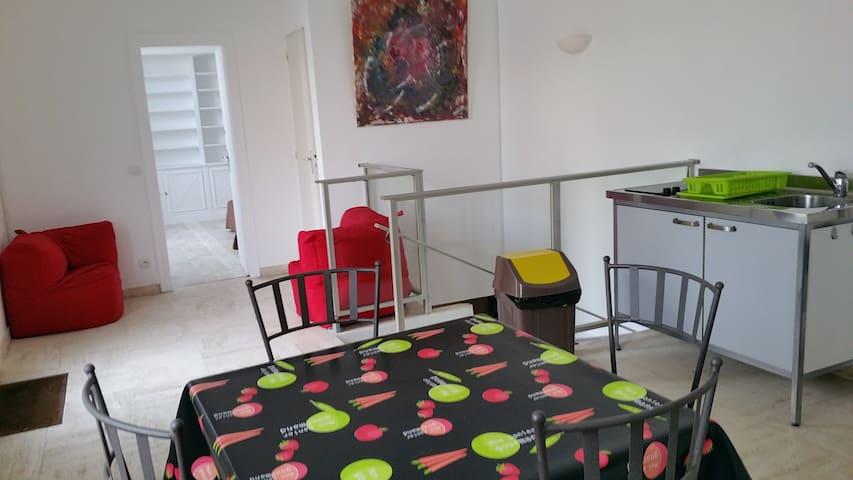 Logement meublé - Plaisir - Flat