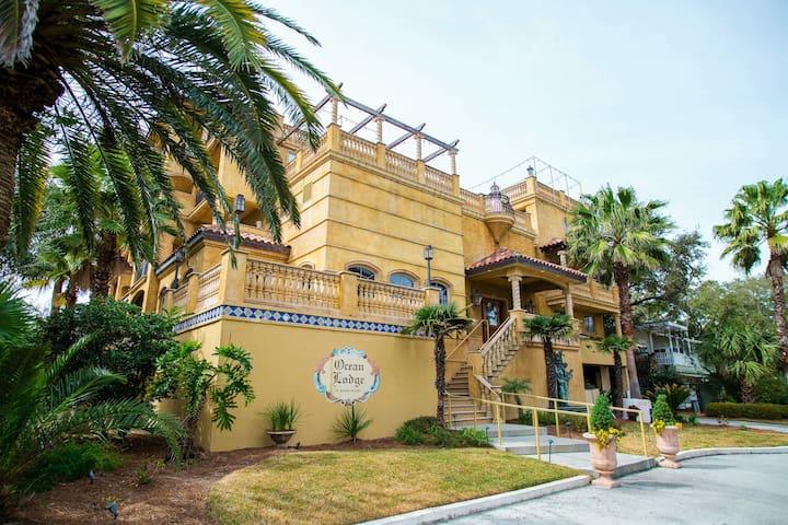 Ocean Lodge Premium One Bedroom Suite