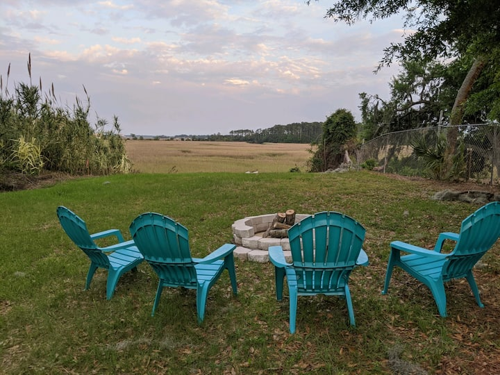 Enjoy the marsh view at Marina Cottage