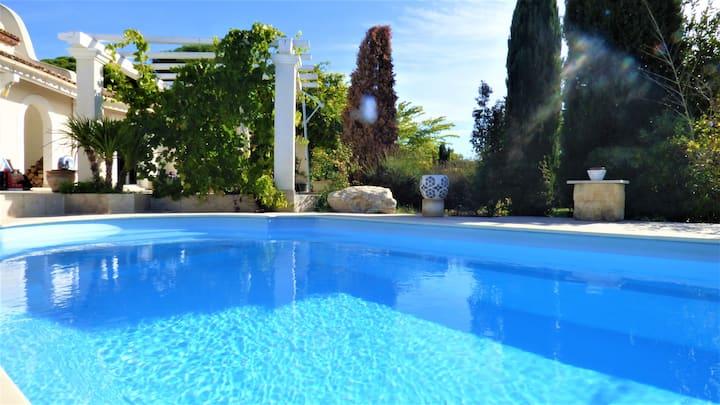 Magnifique villa l'Ibis pour 8, piscine, clim,parc