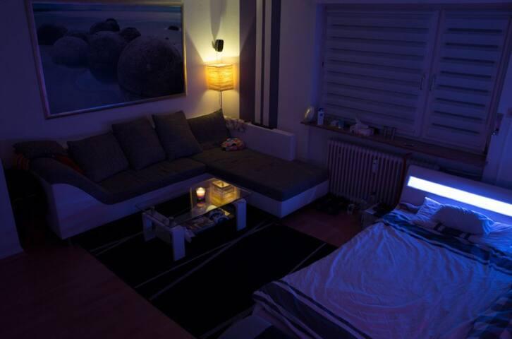 Schönes, helles Zimmer in Darmstadt Stadtmitte