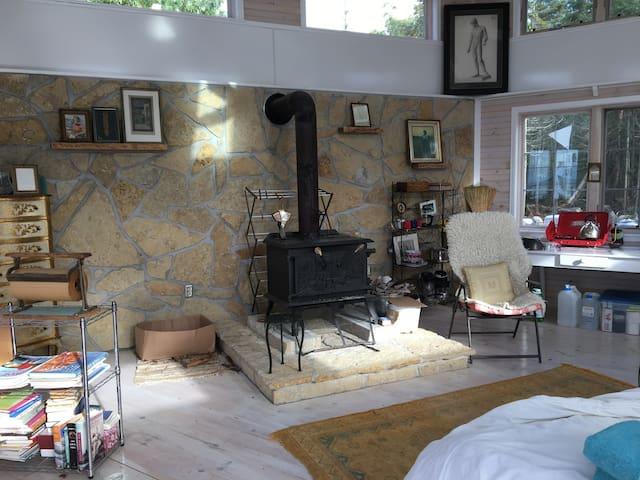fireplace/kitchen area