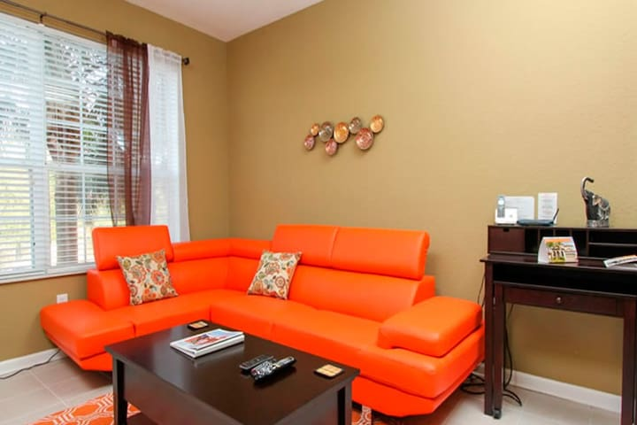 Beautiful 3 Bedroom home VIP ORLANDO - Kissimmee - Dům