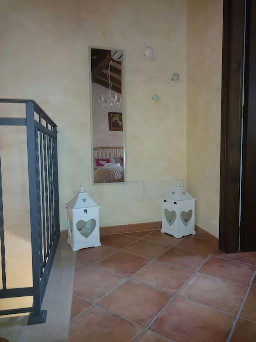 porta ingresso bagno camera