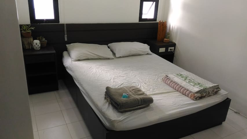 Master bedroom with ensuite in new apartment - อพาร์ทเมนท์