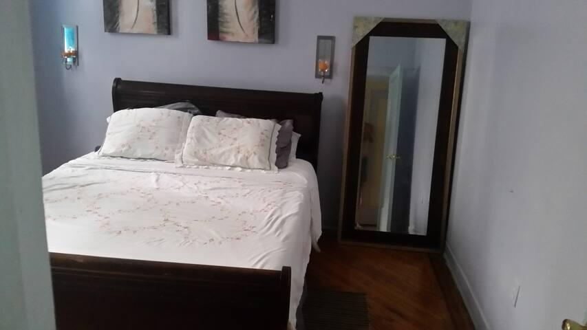 East Flatbush- Sunny 1 bedroom apt