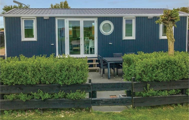 Holiday cottage with 3 bedrooms on 38 m²