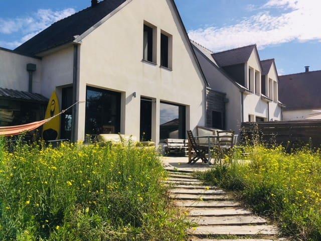 Maison familiale moderne bord océan Sainte Barbe
