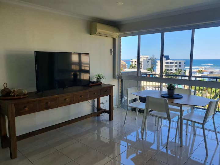 Location at its best in the Heart of Caloundra