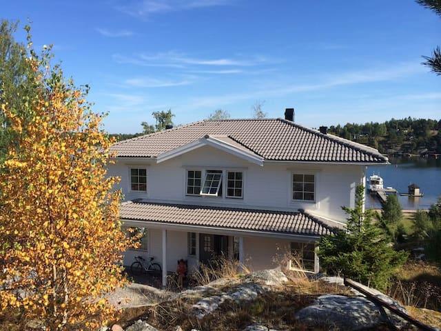 New built beach villa in Stockholm's archipelago