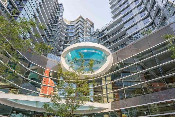 68 Smithe- 1 Bedroom located Downtown Vancouver