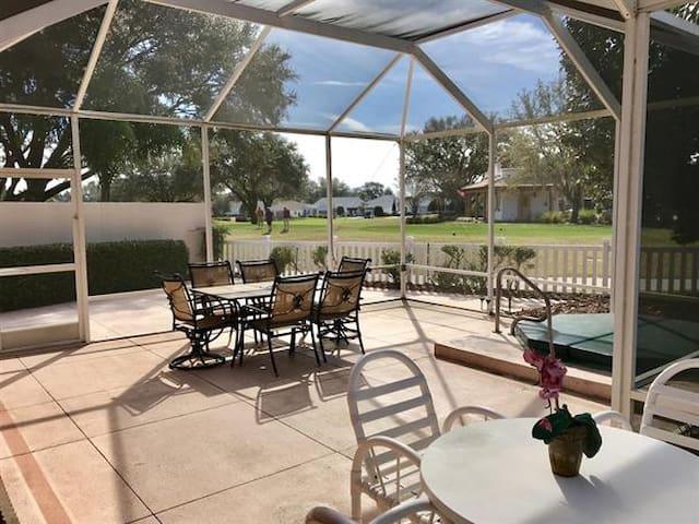 Courtyard Villa On Golf Course w/Cart & Hot Tub