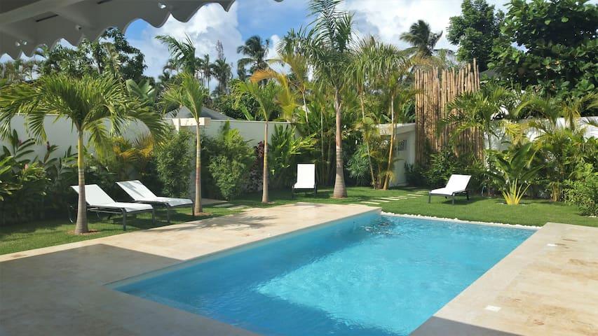 CASA LUNA, Las Terrenas. Beach 3min walk, pool
