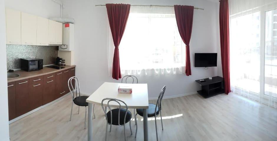 Apartament pe malul marii