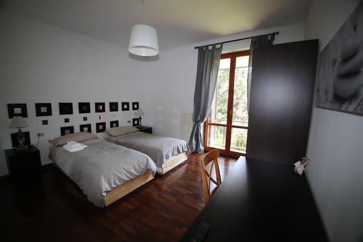VILLACOLLE, ZEN Room Fiera Rho