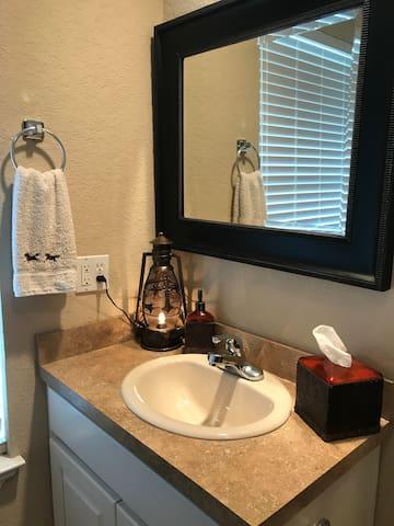 Ranch Room private bath