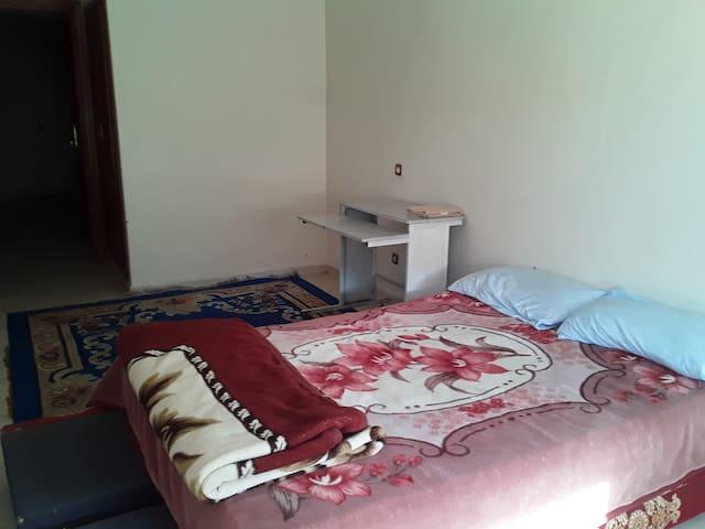 Chambre Privée Private Room.