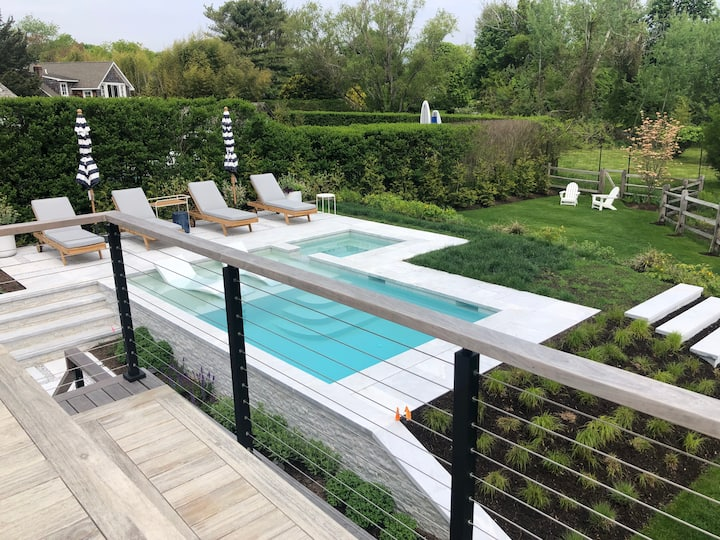 Renovated Midcentury in Sag Harbor w/heated Pool