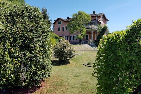 """Appartamento Lago d'Orta Le Vignole """"Murzino"""""""