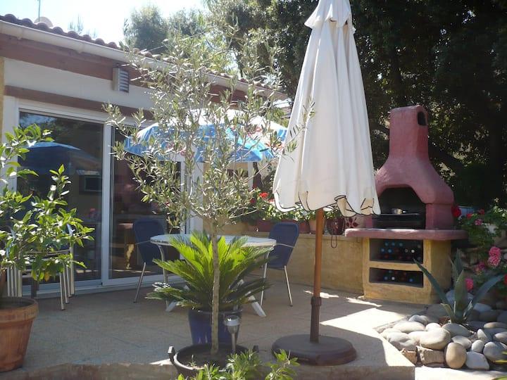 Maison avec piscine sur Sainte Anastasie