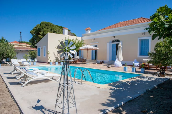 Villa Pyrgos-Stylish 19th cent property, with Pool