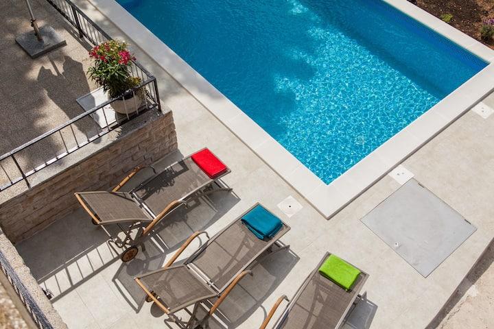 Villa Amalia Murter with private pool
