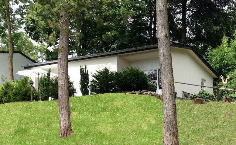 Sauerland - Schönes Ferienhaus für 2-5 Personen - Lichtenau - Ev