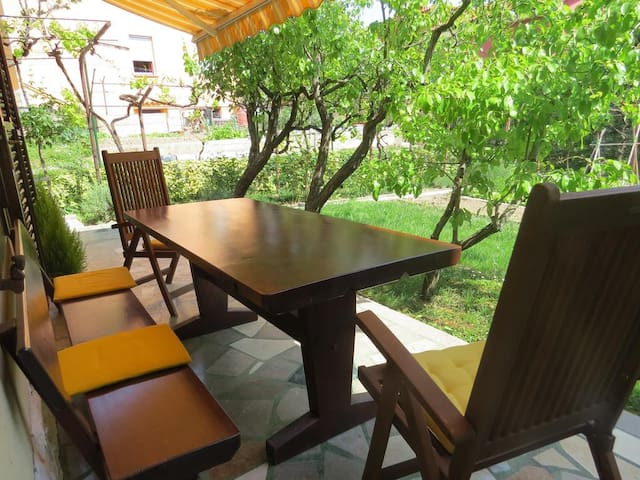 ★Cosy★Apartment with Terrace, for 2 in izola