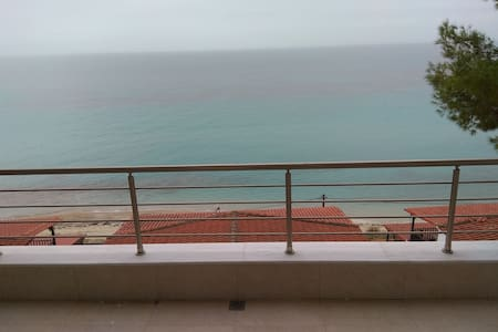 By the sea with great view luxury
