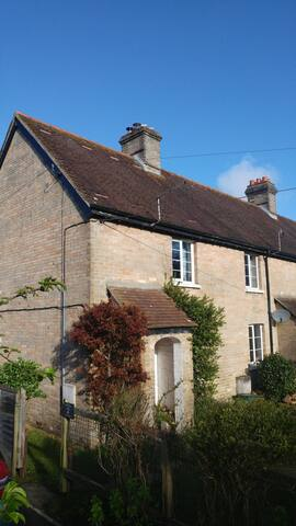 2 Bed Cottage, Wareham, Purbeck Countryside