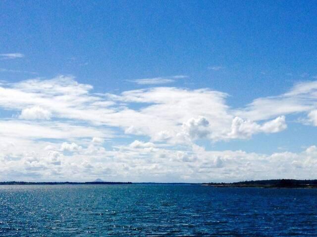 Sunset Bay waterfront getaway