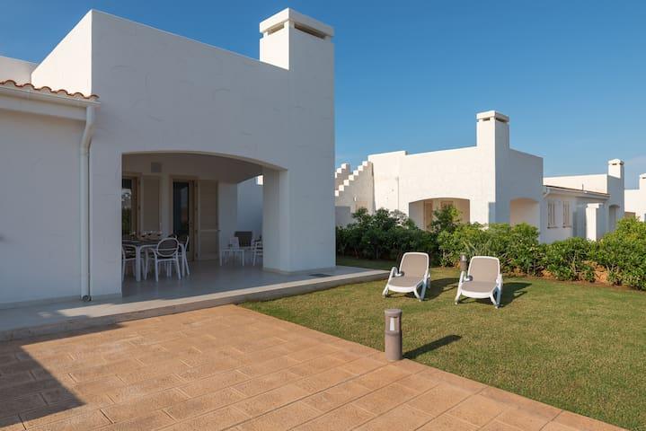 Blue Sea, Villa Levante with pool
