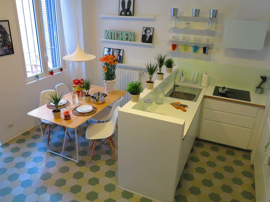romantic apartment navigli district wohnungen zur miete in mailand lombardia italien. Black Bedroom Furniture Sets. Home Design Ideas