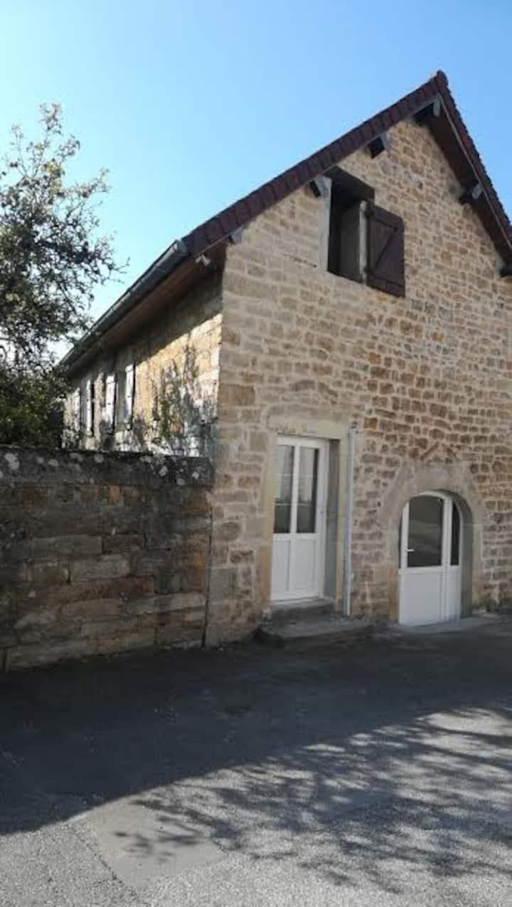 maison en pierre près de Lons le saunier