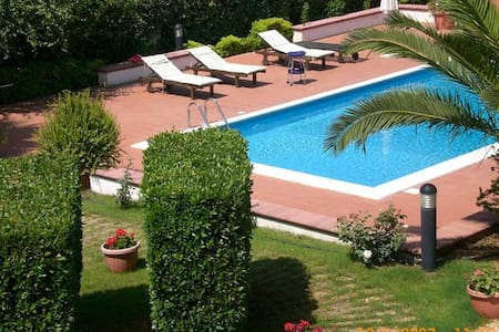 apartments at Villa Sicilian Paradise ( 4-5 pax) - Menfi